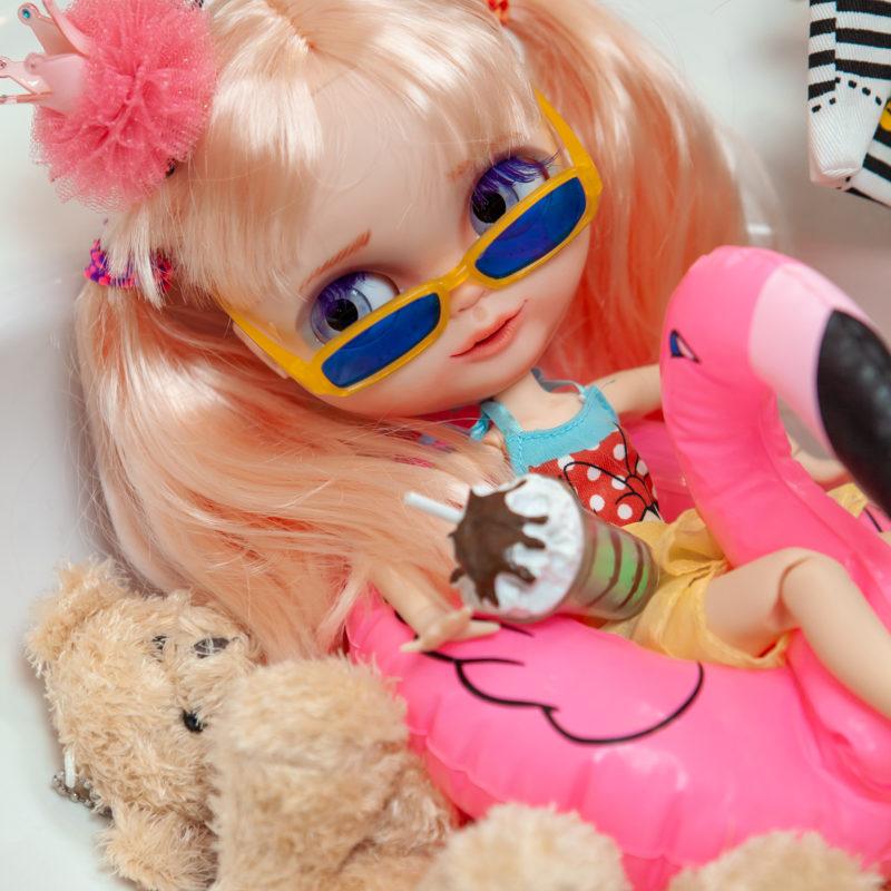 Какла Блайз в ванной на Фламинго